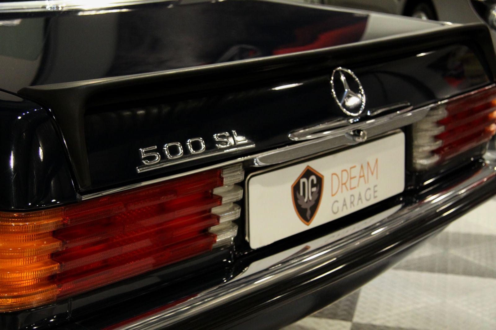 Dream garage sold carsmercedes mercedes benz 500 sl for Garage agree mercedes