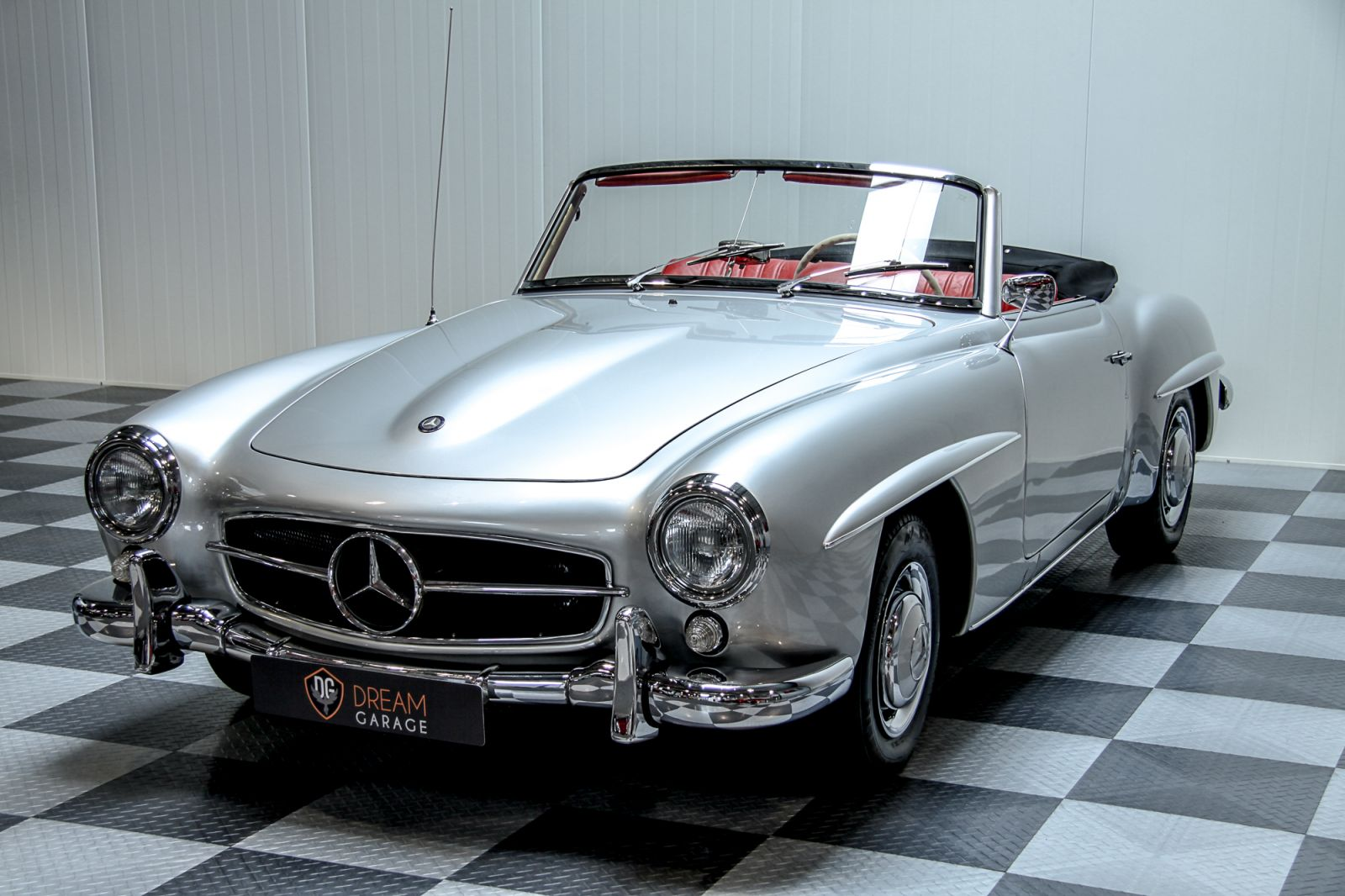 dream garage sold carsmercedes mercedes 190 sl. Black Bedroom Furniture Sets. Home Design Ideas